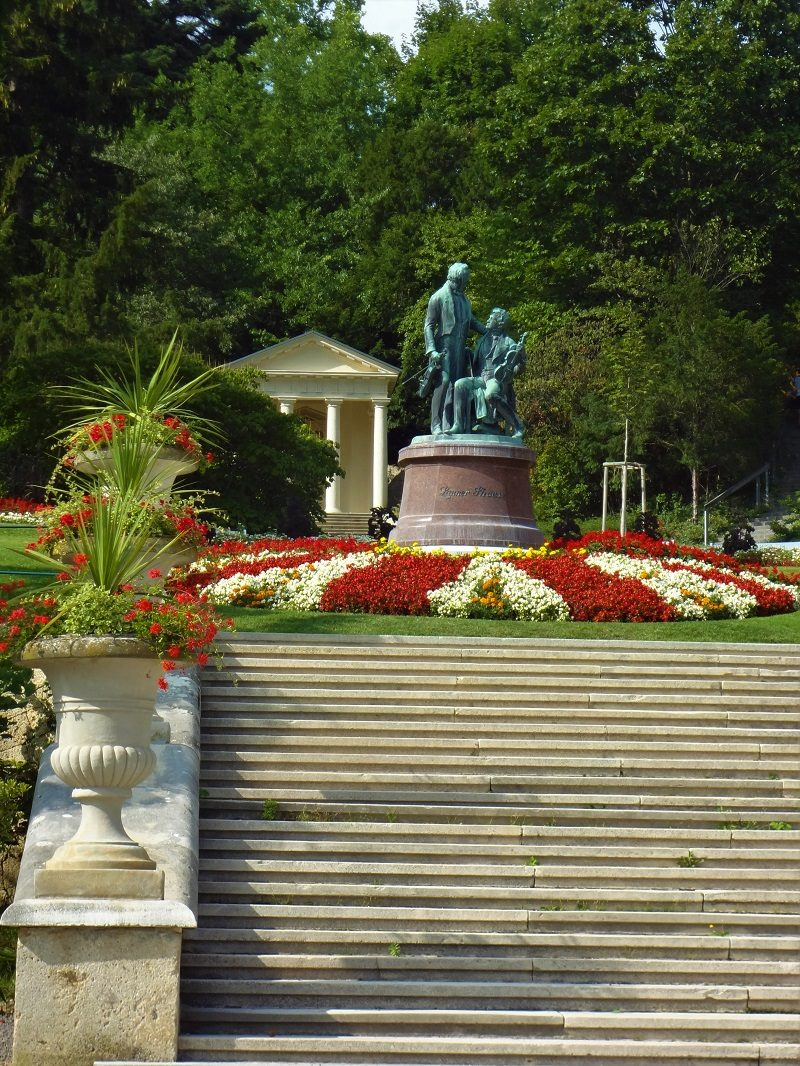 Tagesfahrt Wienerwald Baden bei Wien Kurpark