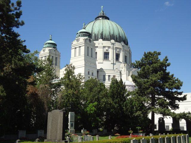 Wien Stadtspaziergänge Wiener Zentralfriedhof