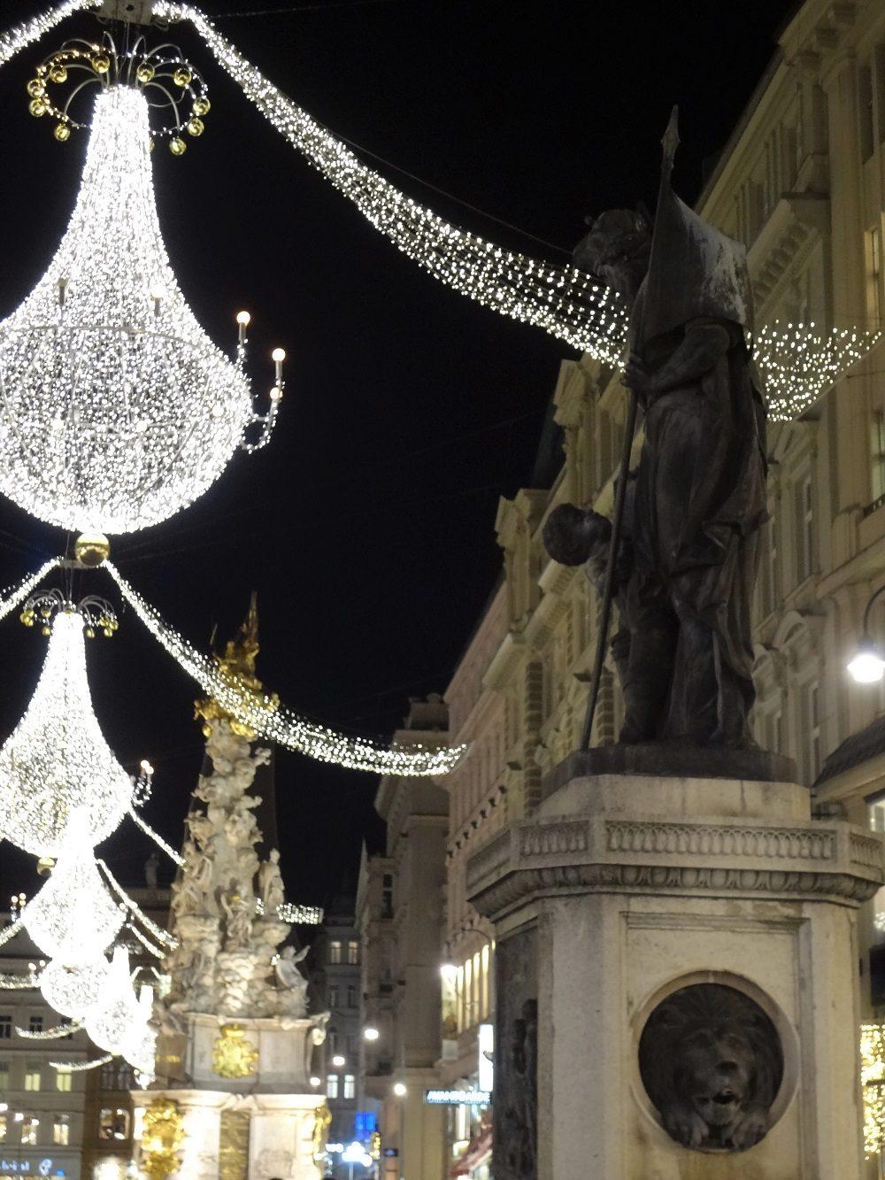 Weihnachtsbeleuchtung-Wien Graben Leopoldsbrunnen