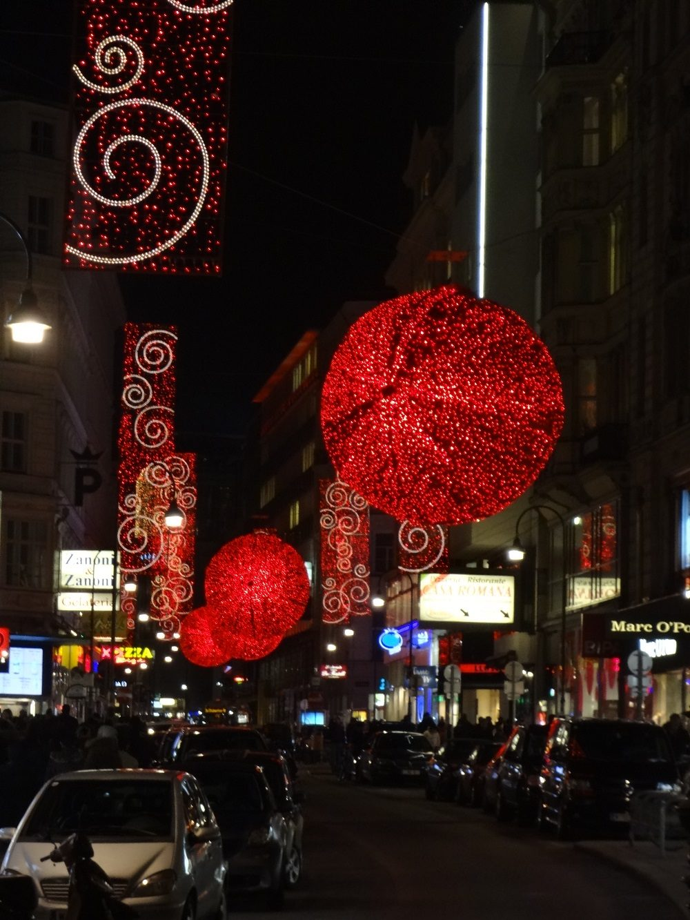 Weihnachtsbeleuchtung-Wien Rotenturmstraße